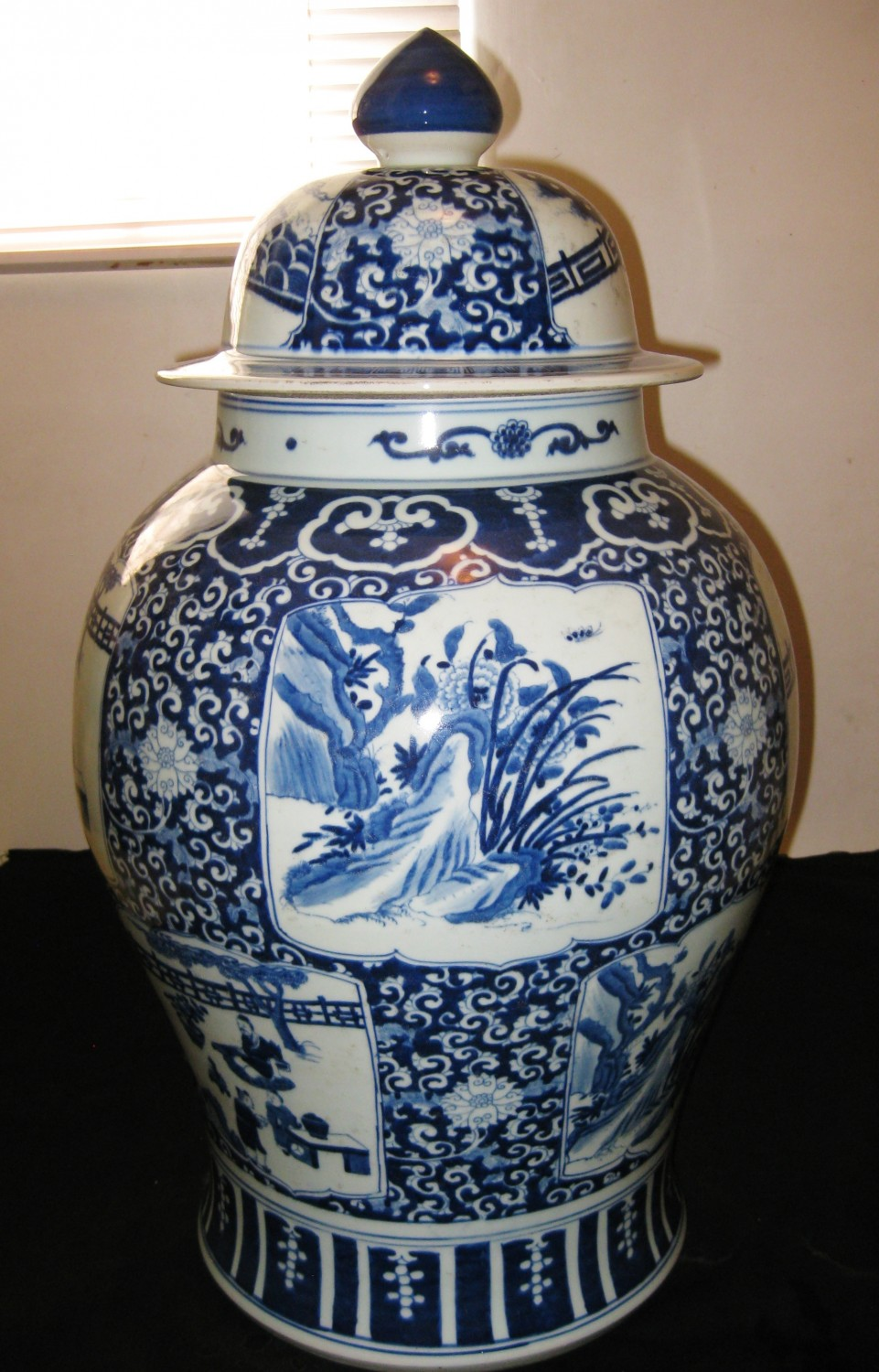 Antique Big Chinese Porcelain Blue Amp White Vase With Lid Ming Dynasty 18th Century Th World Trades